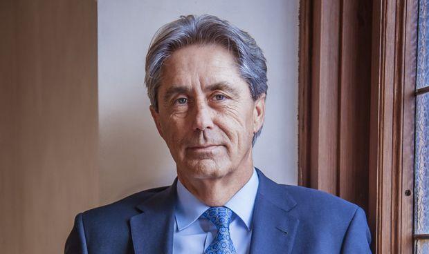 José Vicente Saz, exdecano de Medicina, candidato a rector de Alcalá