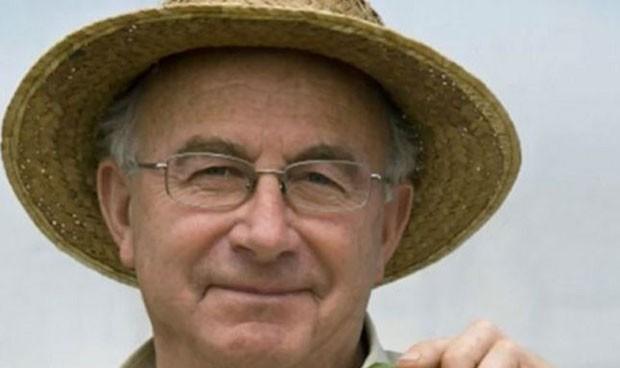 El agricultor alienta teorías pseudocientíficas en la manifestación antimascarilla