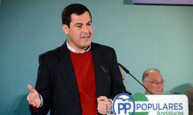 Juan Manuel Moreno habla de 'pacientas' en el Parlamento andaluz