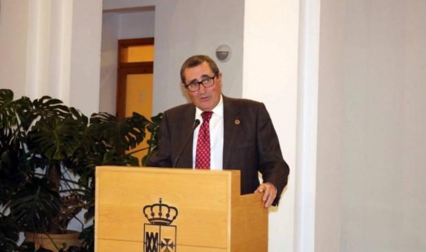 Juan Pineda, profesor titular de Medicina de la Universidad de Sevilla