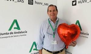 Se jubila Enrique Herrera, jefe de Dermatología del Virgen de la Victoria