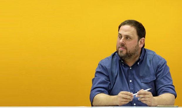 Junqueras 'marea' a los funcionarios con la extra de 2012