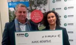 Kern Pharma dona 10.000 euros a Aldeas Infantiles SOS