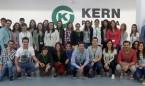 Kern Pharma recibe la visita de los residentes de Aula FIR