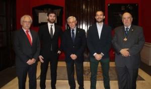 La Academia de Zaragoza entrega los premios Asisa y Analiza Montpellier