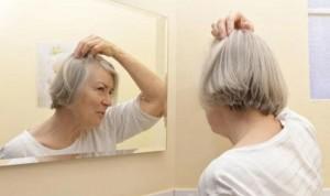 La alopecia afecta a un 67% de mujeres tras la menopausia