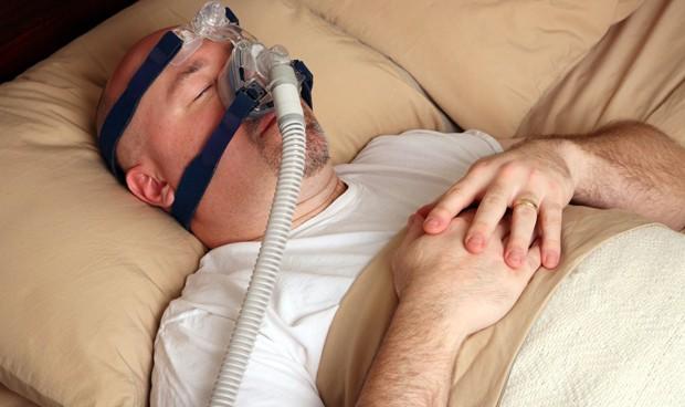 La apnea del sueño, parte del 'carné' del enfermo con fibrilación auricular