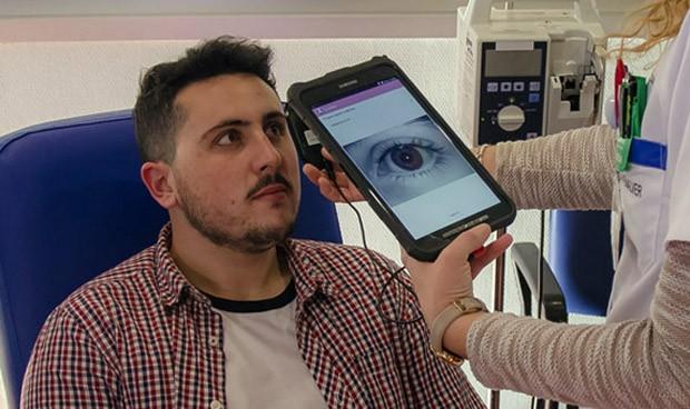La Arrixaca identificará a pacientes con el iris o con la huella dactilar