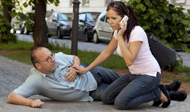 La atención del infartado, 27 minutos más rápida con los 'smartphones'