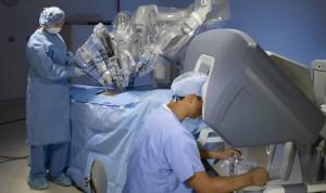 La cirugía asistida por el robot Da Vinci cumple 15 años en España