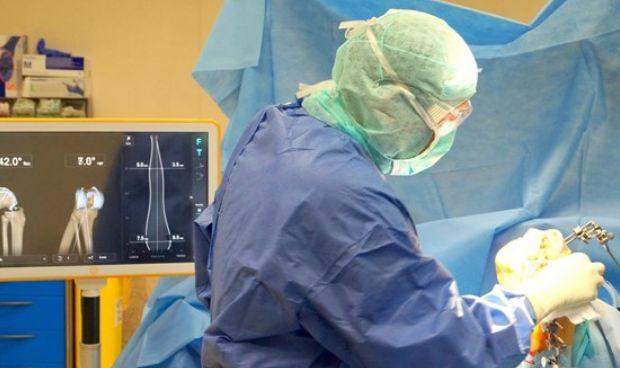La cirugía de rodilla de Manises llega a los congresos internacionales