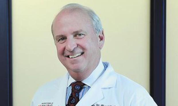 La cirugía para espina bífida en fetos es beneficiosa durante toda la niñez