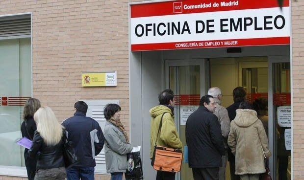 La crisis del Covid dispara el empleo sanitario al mejor agosto en 10 años