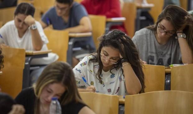 La demanda para estudiar Medicina aumenta en un 1.120% en el último curso