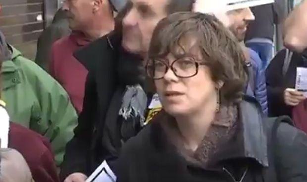 La diputada de la CUP que sostuvo a Comín, se rebela…