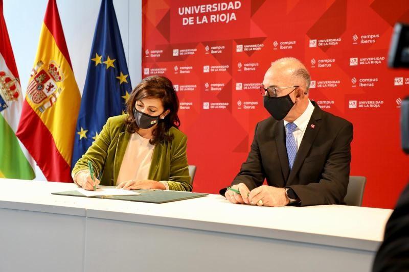 La Escuela de Enfermería ya forma parte de la Universidad de La Rioja