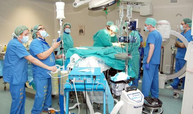 La espera quirúrgica del SNS sube un 3,5% y deja 569.000 pacientes en lista