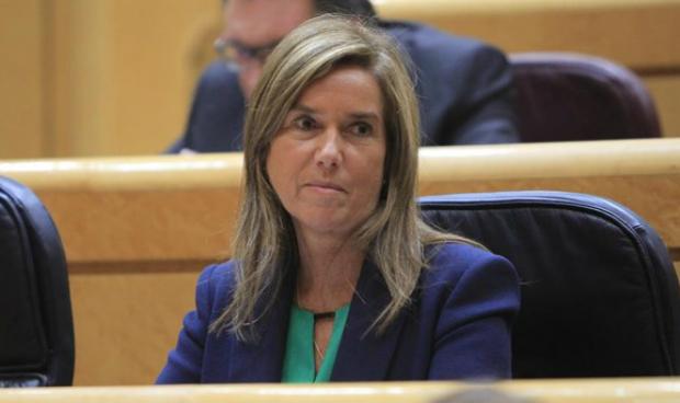 La falta de Gobierno 'empata' en desconfianza con la dimisión de Mato