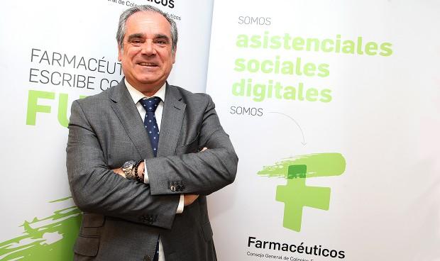"""La Farmacia española abre una nueva era """"asistencial, social y digital"""""""