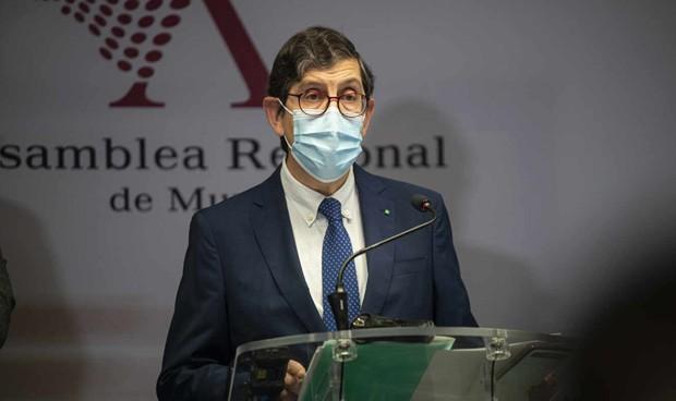 La Fiscalía investiga la vacunación Covid del exconsejero Villegas