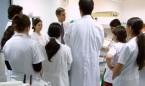 La 'generación Covid' del MIR verá lastrada su formación por la pandemia