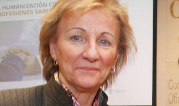 La gerente de Cuidados del Sermas, condecorada con la Cruz de la Enfermería