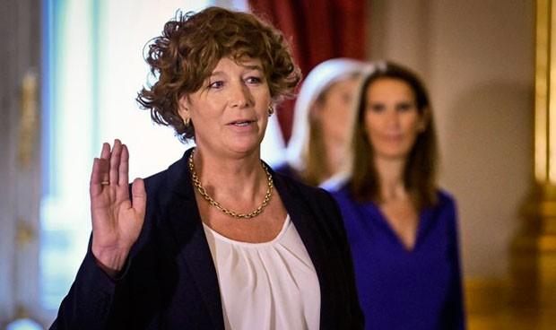 La ginecóloga Petra De Sutter, primera ministra transgénero de Europa