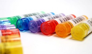 La homeopatía no cura ya ni según la definición de la RAE
