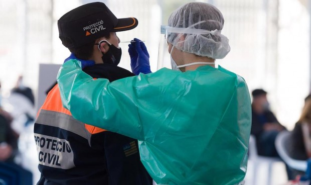 La incidencia, indicador clave mientras se traduzca en hospitalizaciones