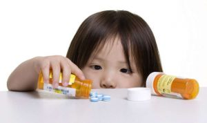 La industria farmacéutica colabora en el impulso del medicamento pediátrico