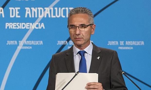 La Junta de Andaluc�a deroga las fusiones hospitalarias de Granada y Huelva