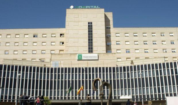 La Junta investiga la muerte accidental de una paciente en Valme