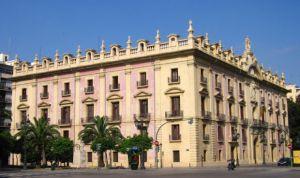 La Justicia admite a trámite el recurso contra el decreto del valenciano