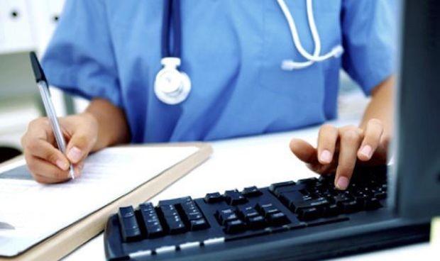 La Justicia confirma la absolución de una enfermera que fisgó historiales