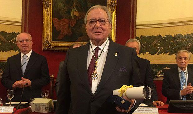 La Medicina española premia con su máximo galardón a Diego Murillo