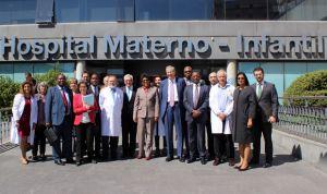 La ministra de Salud de Mozambique visita el Hospital de La Paz