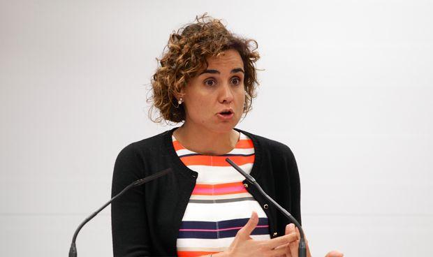 La ministra habla de la EMA en el Círculo Ecuestre de Barcelona