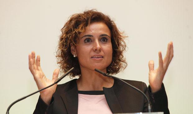 La ministra pone el acento en la dependencia