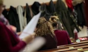 La mitad de los aspirantes al examen MIR, a favor de la fecha elegida
