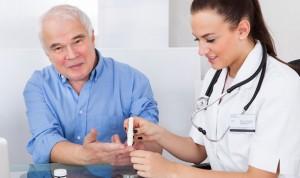 La mitad de los diabéticos incumple su control por no revisar su terapia