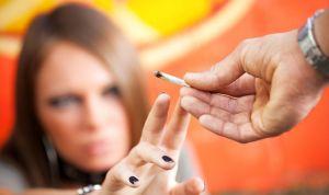 La mitad de los estudiantes que consumen cannabis repite curso