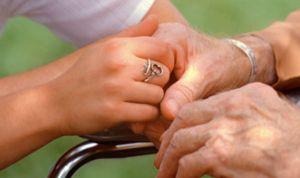 La mitad de los pacientes de párkinson necesitan un cuidador tras 5 años