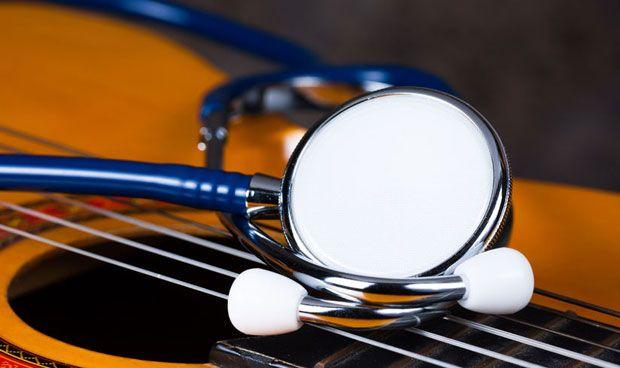 La musicoterapia tiene efectos positivos en pacientes con cáncer terminal