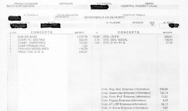 """La nómina real de una enfermera: """"Somos mileuristas con complementos"""""""