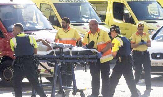 La nota solidaria enfermera con el niño más herido en los atentados