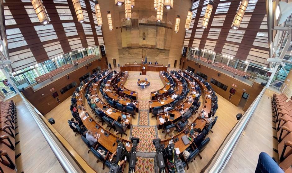 La nueva Comisión de Sanidad de la Asamblea de Madrid calienta motores