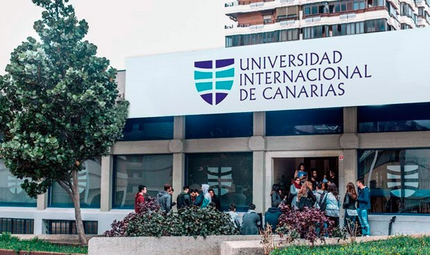 """La nueva facultad de Medicina canaria """"se salta los controles de Sanidad"""""""