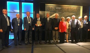 La Orden de la Vieira homenajea a Asomega por su 25 aniversario