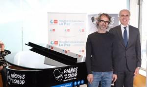 La Paz pone un piano de cola en el vestíbulo para microconciertos diarios
