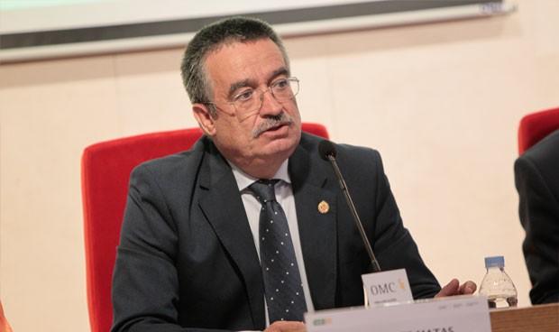 La pensión del médico jubilado 'resta' 4.700 euros a su cotización anual